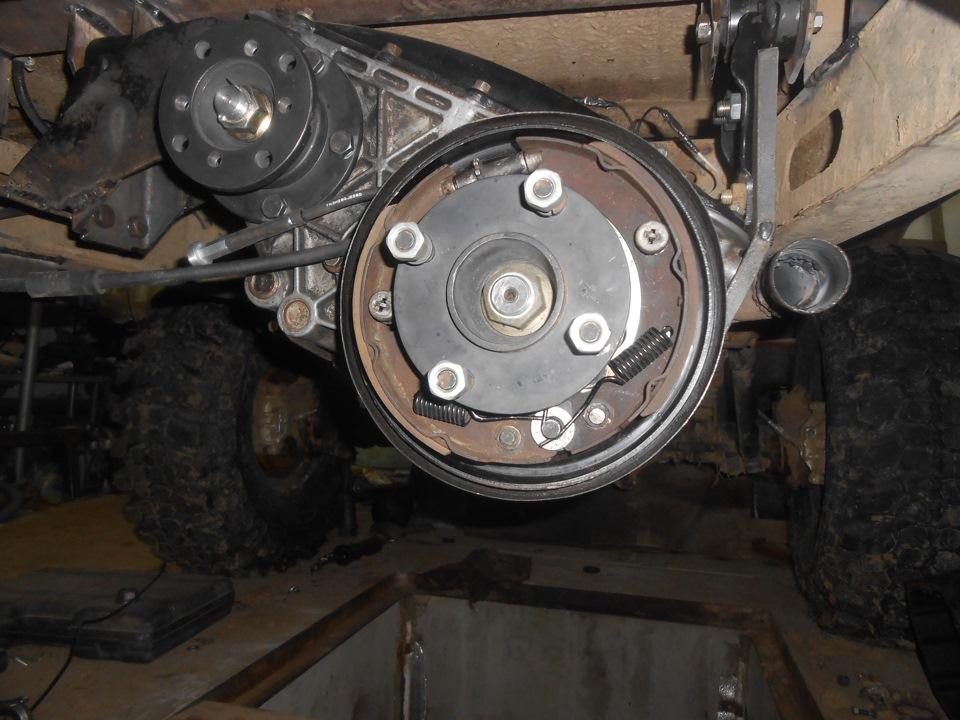 Механизм ручного тормоза без барабана