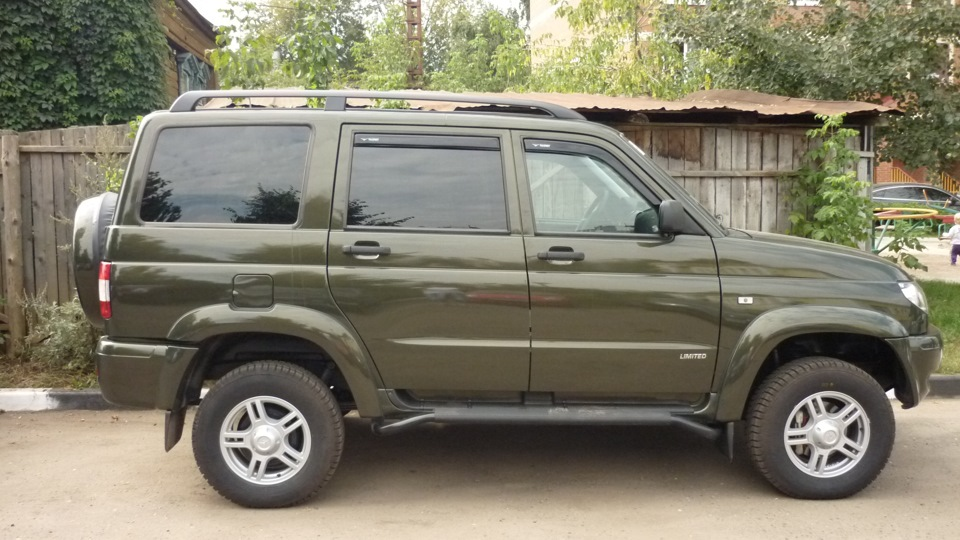 Кузов окрашенный в зеленый цвет