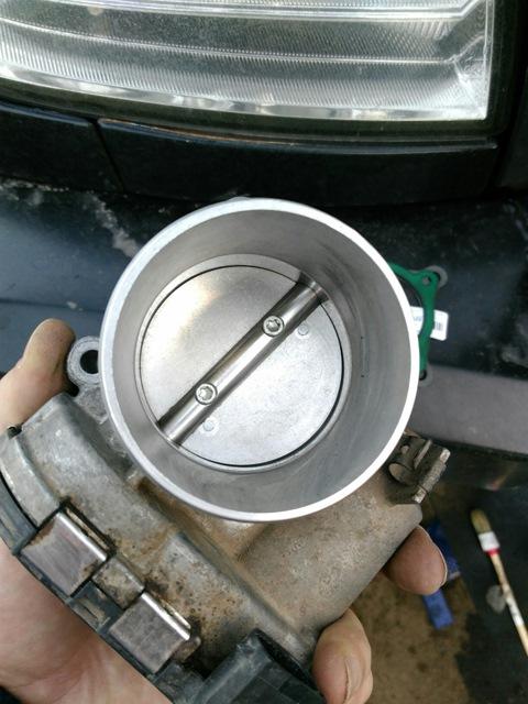 Регулятор подачи воздуха в двигатель